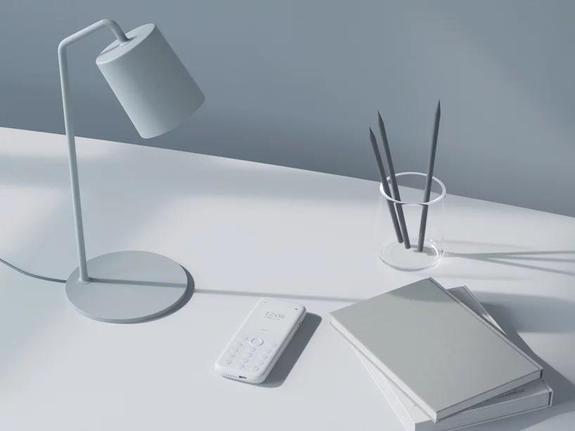 Польский стартап создал простой белый телефон для «физического и психического благополучия» людей