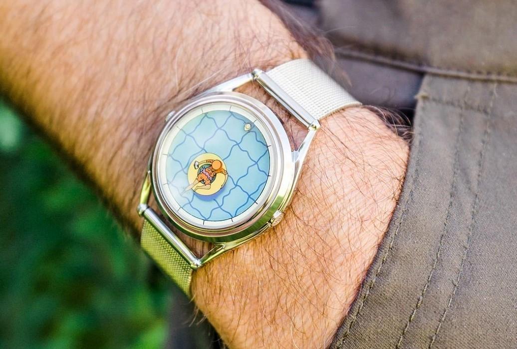 Эти наручные часы вдохновлены выходным днем, проведенным у бассейна…
