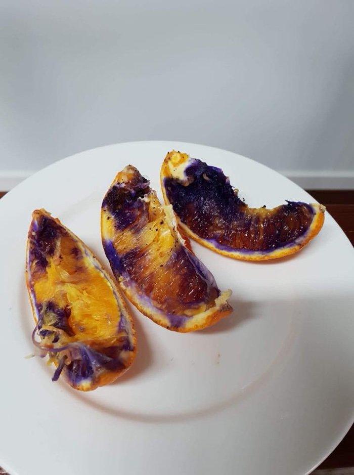 Австралийские ученые ломают голову над апельсином, который стал пурпурного цвета через несколько часов после его нарезки…