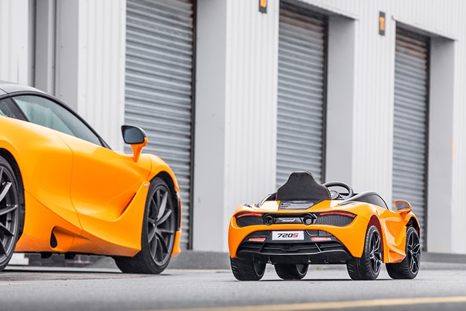 McLaren 720S Ride-On – электрический суперкар для детей