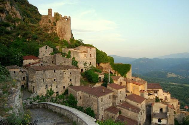 Этот итальянский регион предлагает вам $27 000, если вы туда переедите!