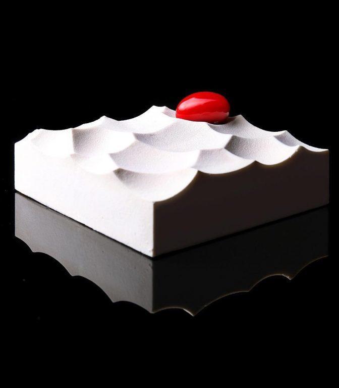 Кондитер Динара Каско создает невероятные десерты, используя математические алгоритмы…