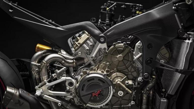 Это просто безумная ракета! Ducati создал самый мощный байк!