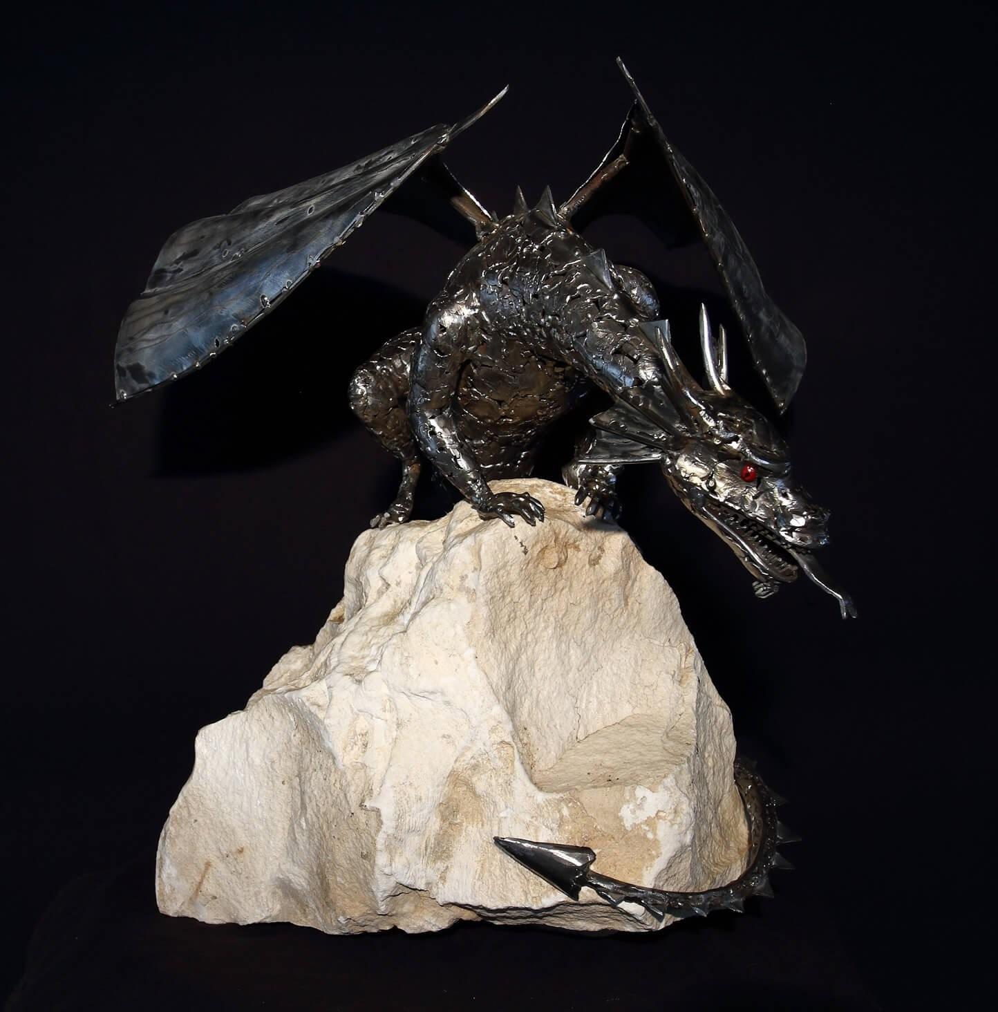 Испанец создает удивительные скульптуры из металла!