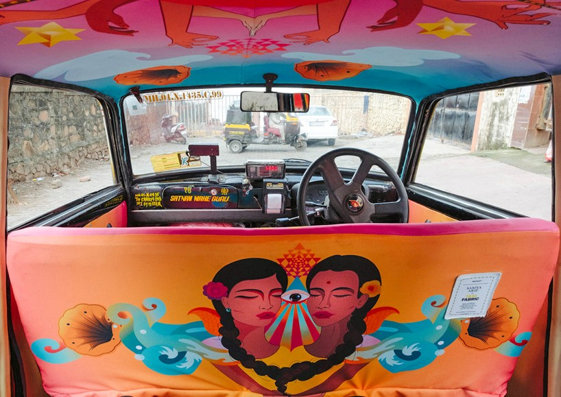 Так выглядят Taxi в Индии!