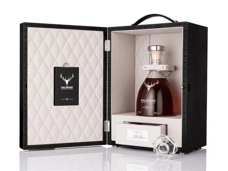 Dalmore представил настолько редкий виски, что одна бутылка стоит дороже, чем автомобиль Тесла