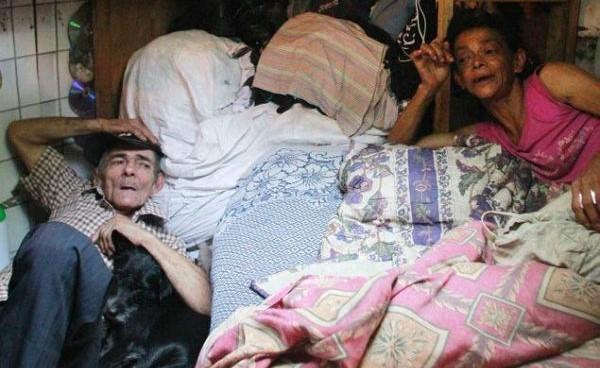 Семейная пара превратила заброшенную канализацию в «уютный» дом и живет там уже 24 года!