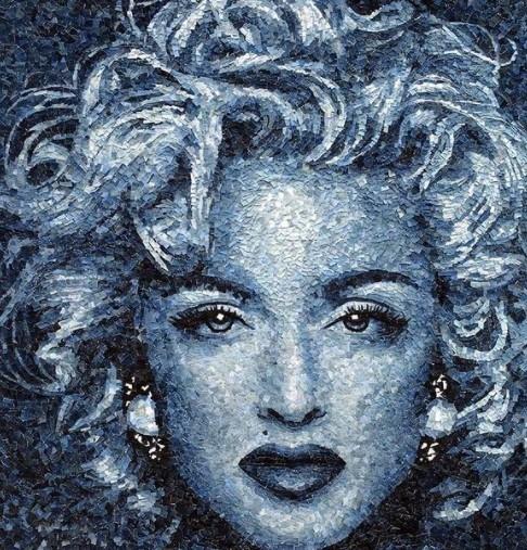 Турецкая художница создает невероятно реалистичные портреты из кусочков джинсовой ткани