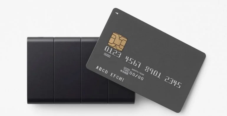 Oppo совместно с японской студией дизайна Nendo разработали телефон размером с кредитную карту