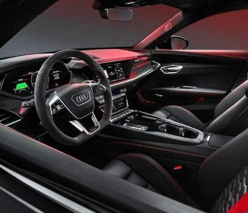 Audi представила автомобиль, который станет ближайшим конкурентом Porsche Taycan