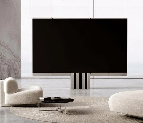 Взгляните на первый в мире 165-дюймовый складной телевизор MicroLED за 400 000 долларов